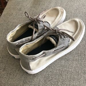 Sperry Topsider Boat Shoes (Size 10)